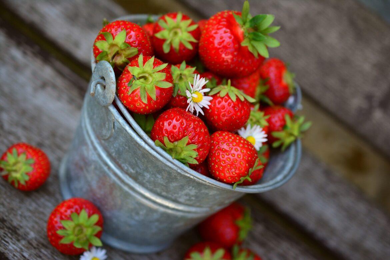 Erdbeeren im Kessel